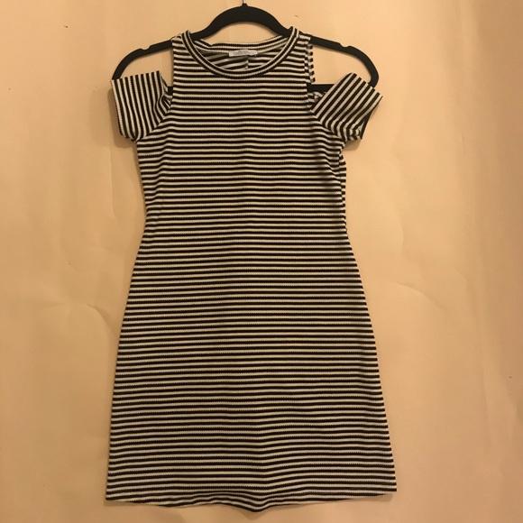 Zara Dresses & Skirts - Striped Dress